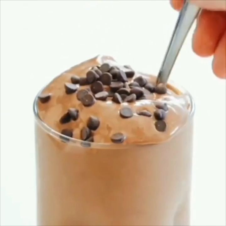Banana Free Chocolate Frosty????by@feastingonfruit????????Full recipe below???????? . Follow@vegancuts for more vegan inspiration???? ????FREE RECIPE EBOOK… #chocolatefrosty Banana Free Chocolate Frosty????by@feastingonfruit????????Full recipe below???????? . Follow@vegancuts for more vegan inspiration???? ????FREE RECIPE EBOOK… #chocolatefrosty