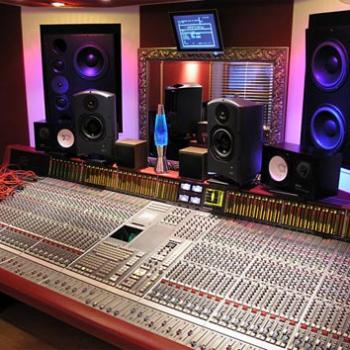les 25 meilleures id es de la cat gorie studio d 39 enregistrement sur pinterest studio son. Black Bedroom Furniture Sets. Home Design Ideas