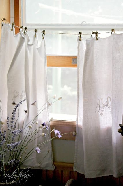 Vintage Bathroom Curtains