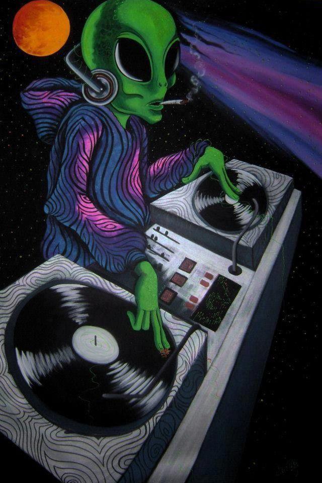 Alien DJ | Art Attack in 2019 | Alien art, Psychedelic Art ...