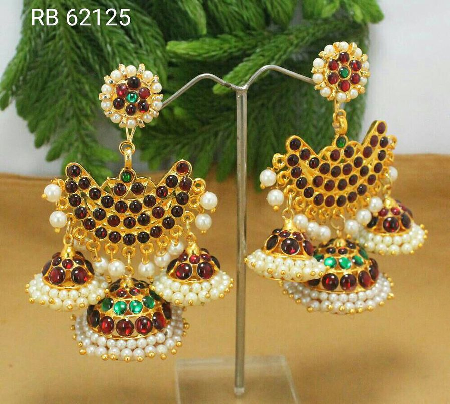 Kemp stone earrings DM us for more info Indianjewellery