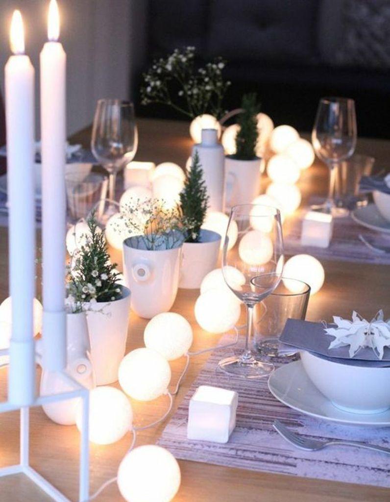 Décoration de table hiver : composez un chemin de table lumineux ...