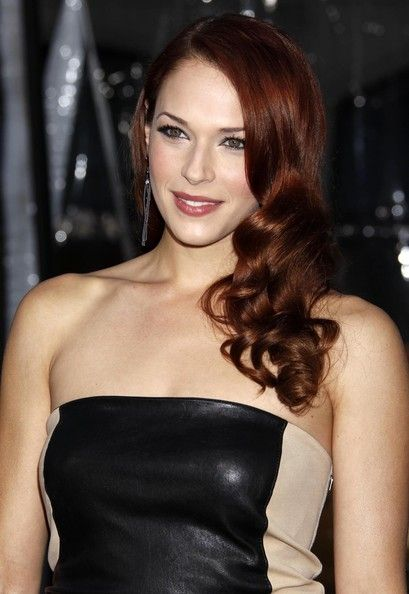 Amanda Righetti Photos Photos: 'Clash Of The Titans' Los Angeles Premiere