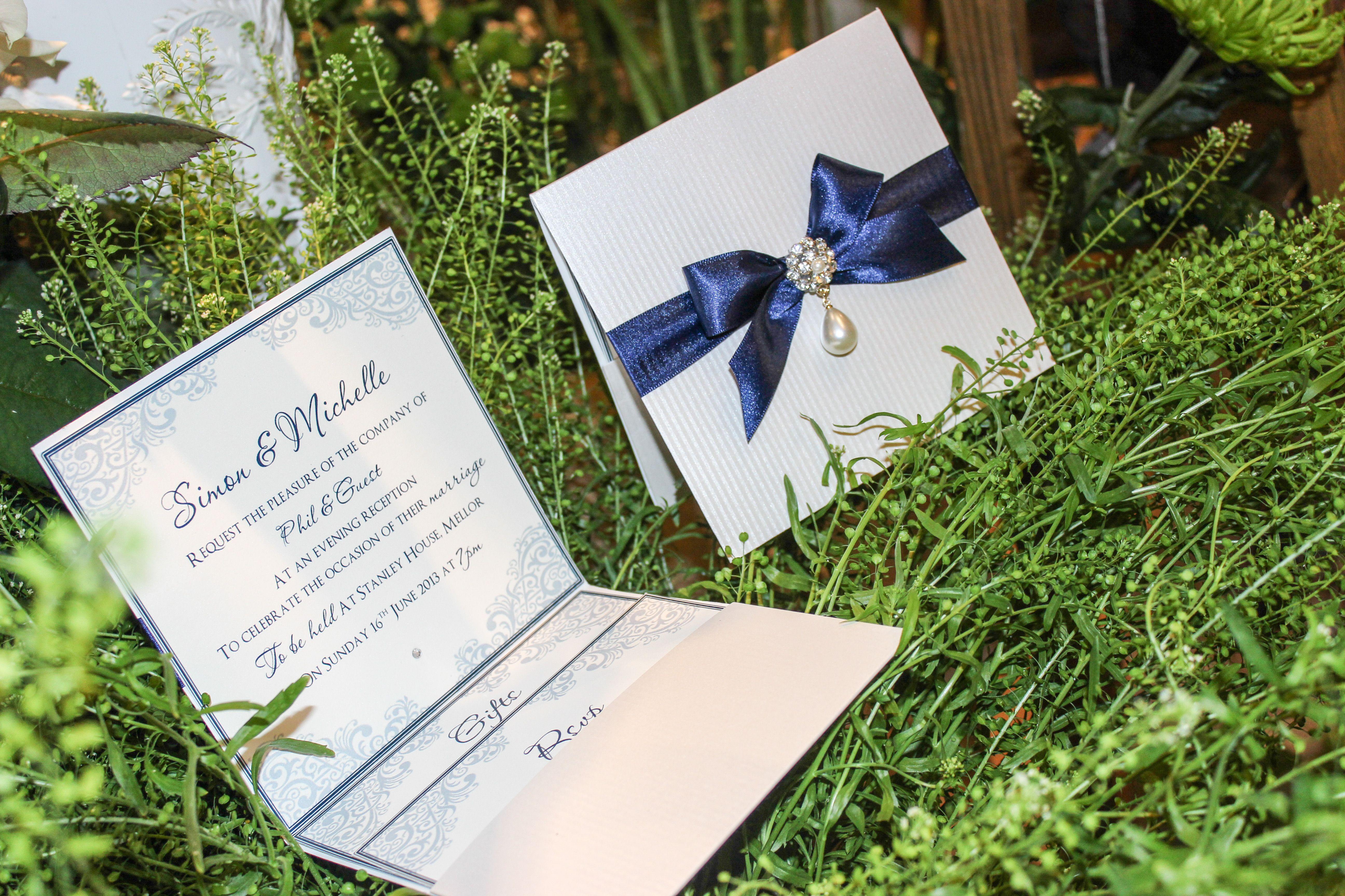 Elegant teardrop jewel pocketfold wedding invitation in textured ...