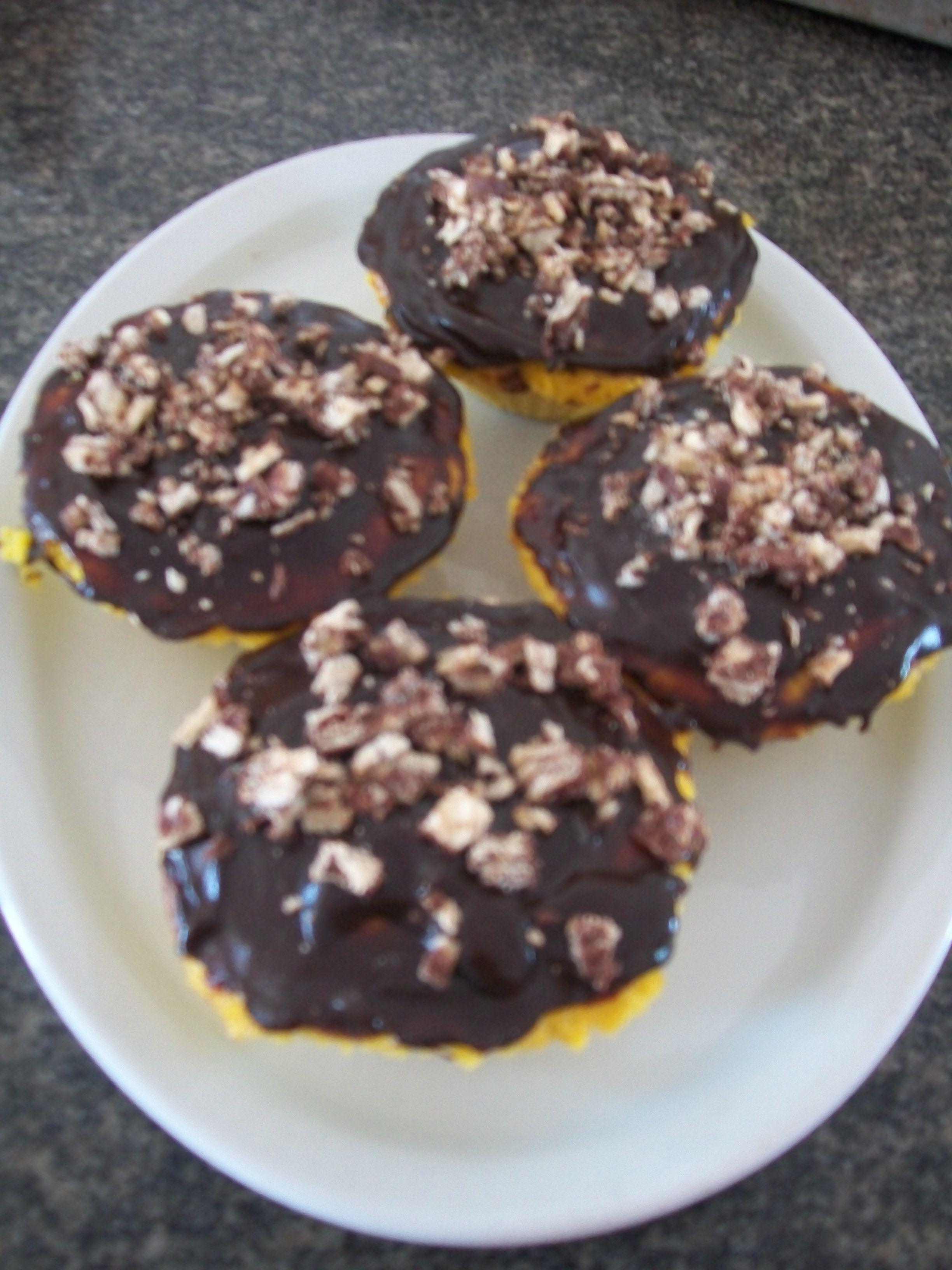 Cupcakes de cenoura! Fofinhos, gostosos e fáceis de fazer.