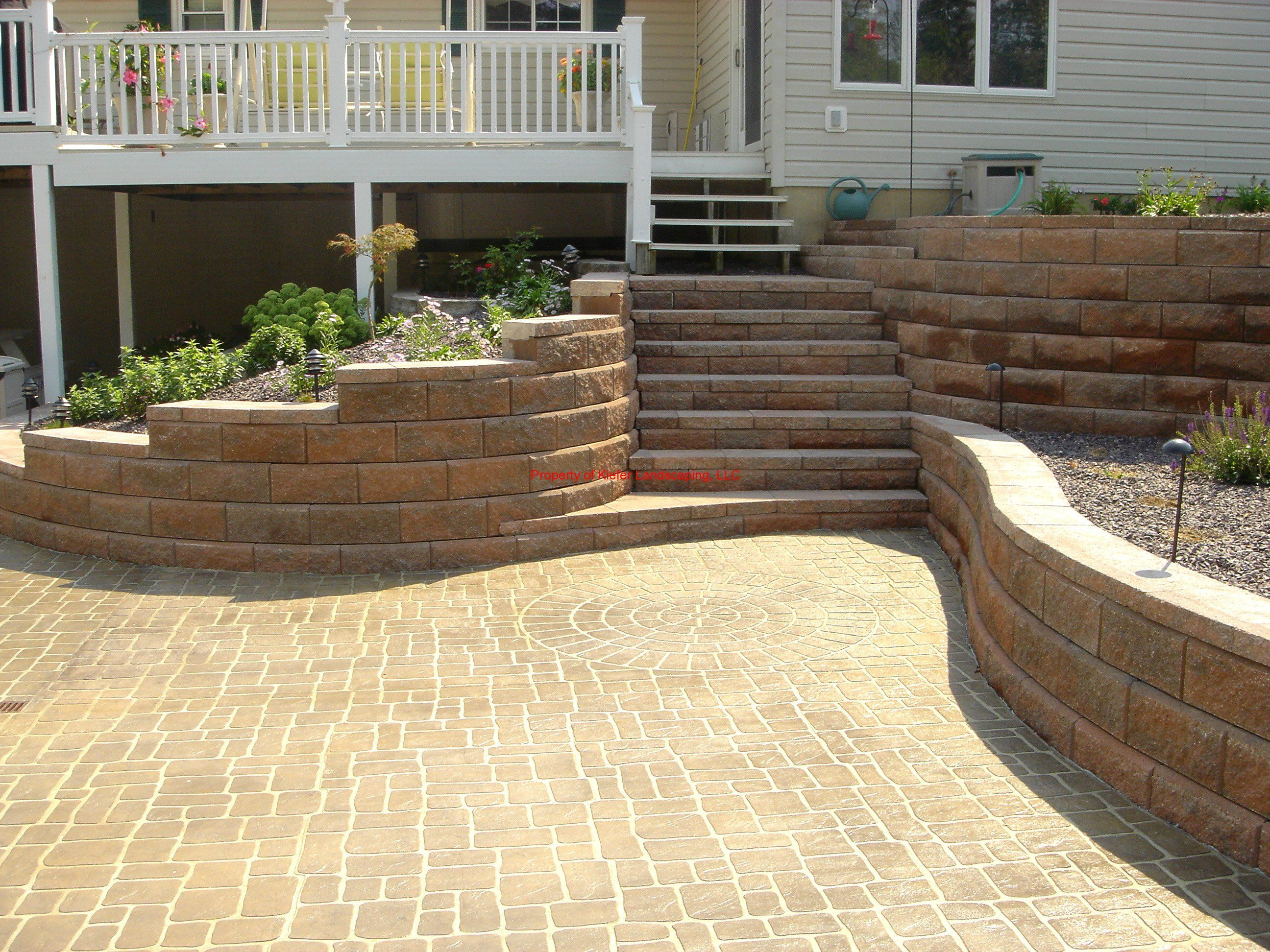 Allan block retaining wall steps garden fun pinterest for Landscape blocks