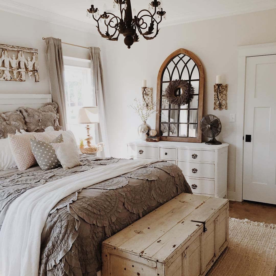 Sherwin Williams eider white Farmhouse style master