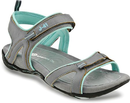 The Sasha is your perfect easy sandal for the season. A contoured footbed gives your foot excellent support while the velcro strap along the heel provides adjustability and keeps your foot secure throughout the day.