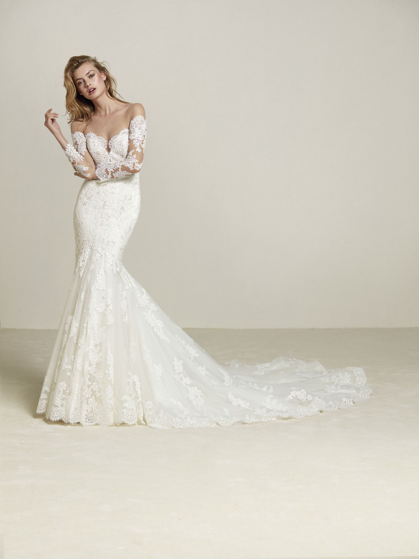 Drilia be seduced by this wedding dress with offtheshoulder
