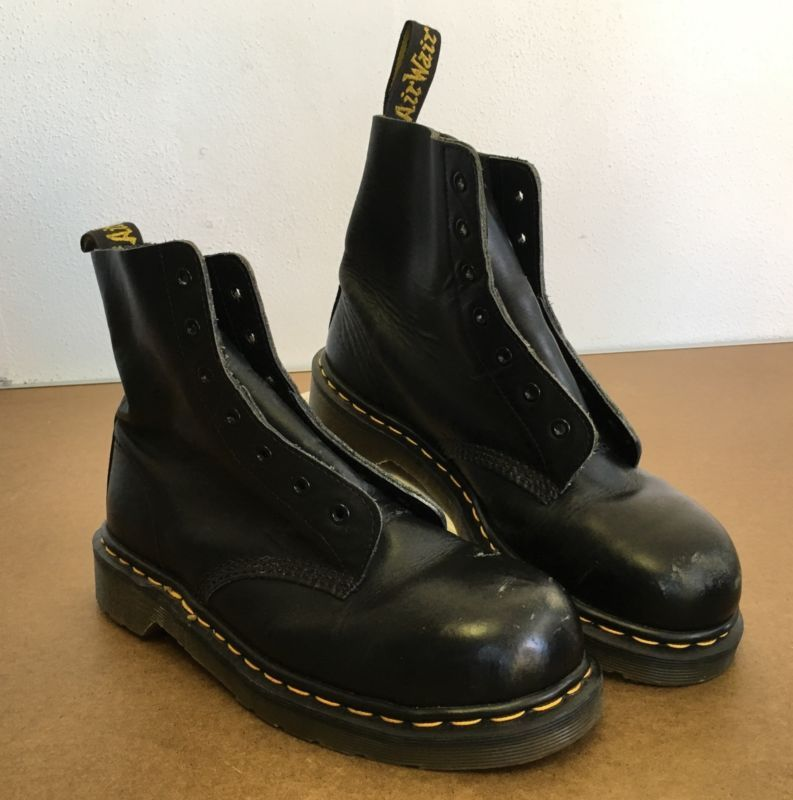 dr martens boots air wair steel toe black leather docs 90u0027s vtg england 131