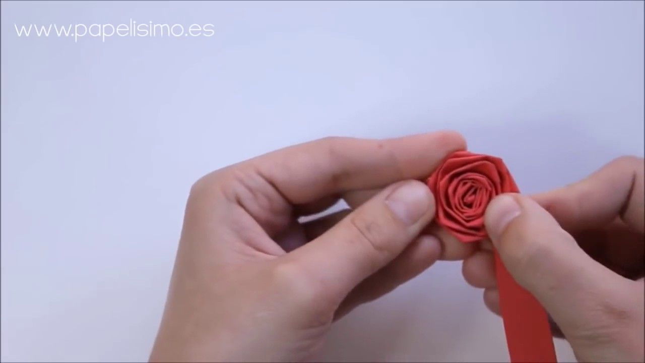How To Make Paper Flowers Rose Paper Flower Paper Rose Bouquet