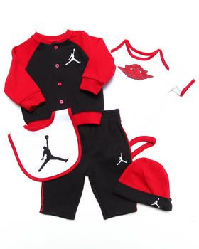 46c0655dcb0b92 Love this 5 PC JORDAN S WINGS GIFT SET (NEWBORN) by Air J... on DrJays.  Take a look and get 20% off your next order!