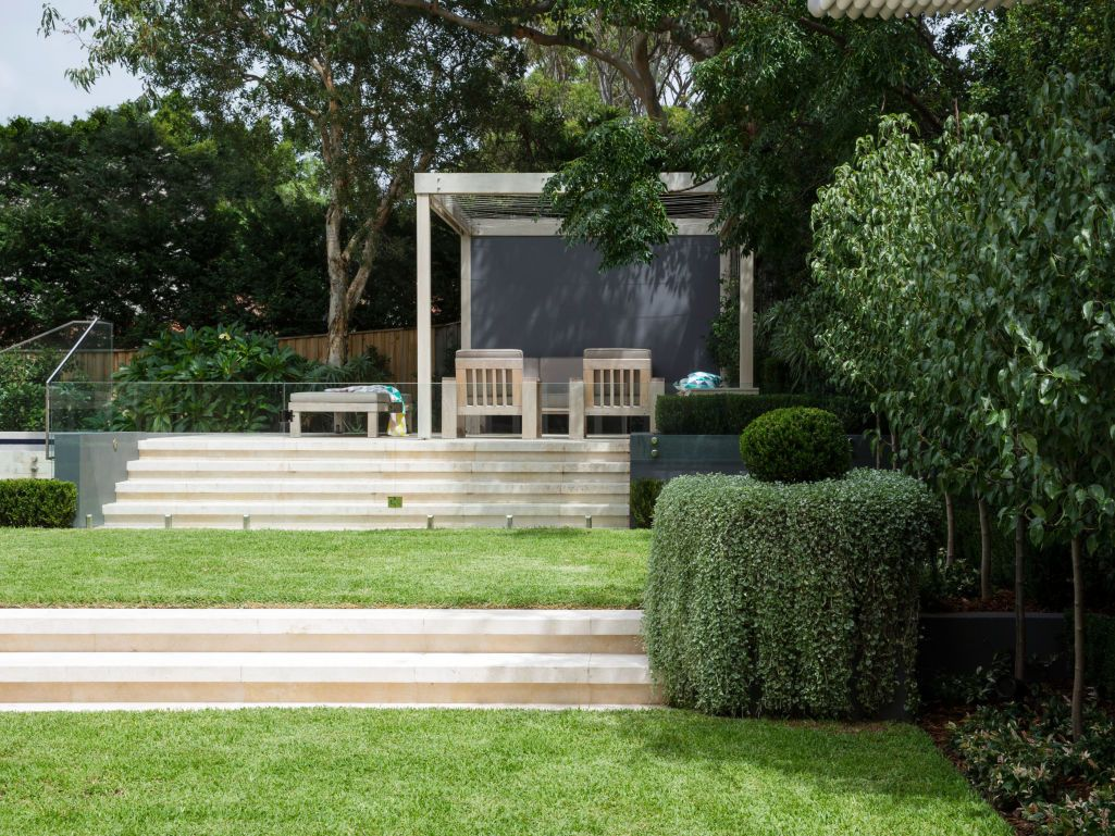 scala travertine rebated step treads traversing terraced garden