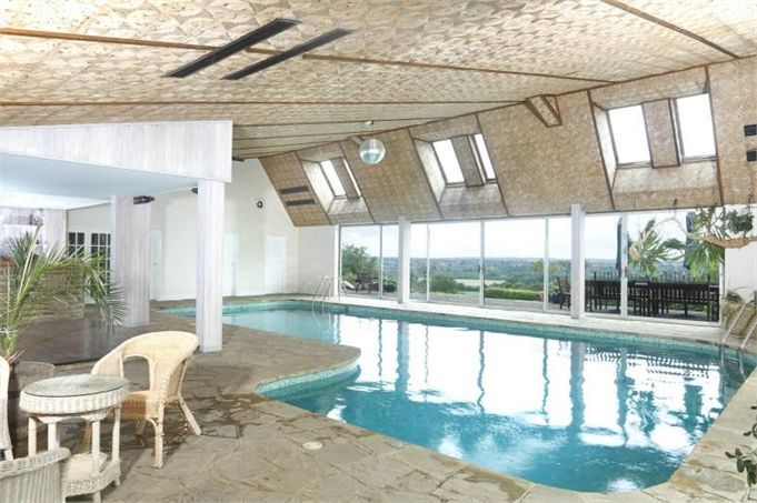 Wow look at this pool. From a house in Horsham, West Sussex.
