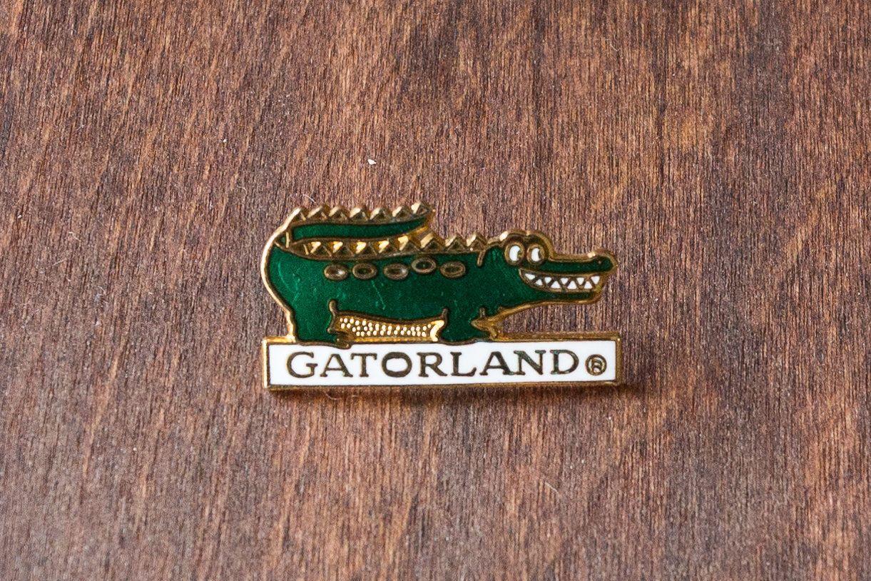 Vintage Gatorland Hard Enamel Pin - Vintage Enamel Pins - Vintage