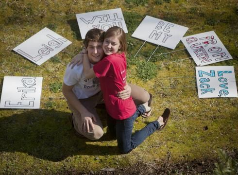 Prom proposal signs, dating text messages examples