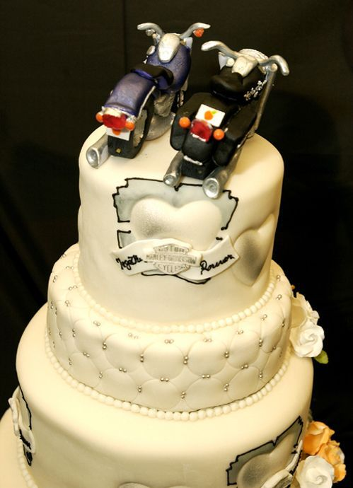 harley davidson cakes pictures | Joy of Cakes Blog: Crazy Wedding ...
