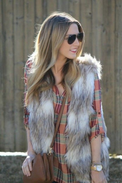 How To Wear Plaid This Fall | theglitterguide.com