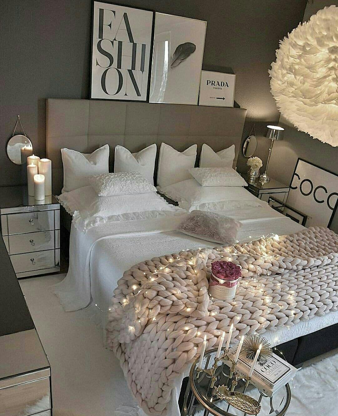 Room IIIannaIII No place like