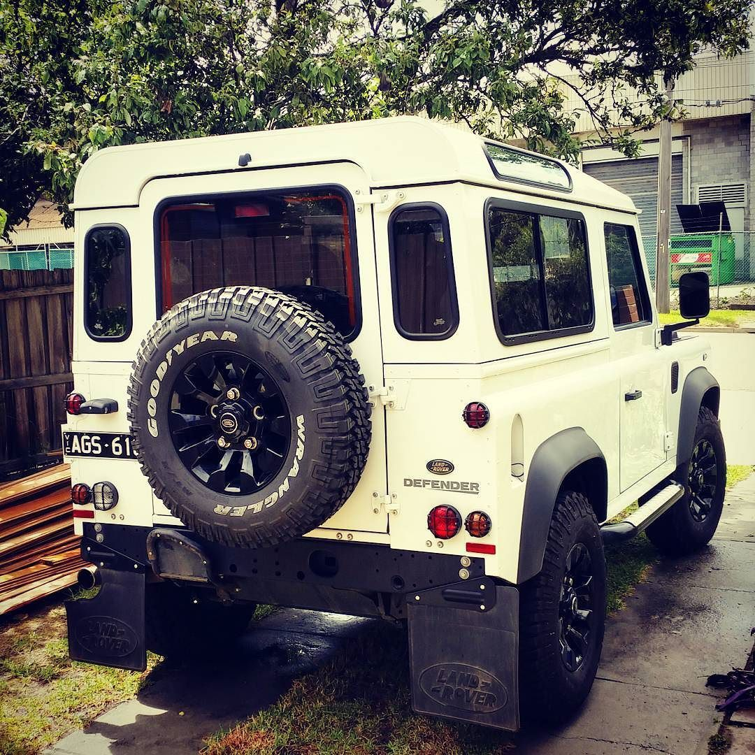 just gave this bad boy a clean defender defender90 rh pinterest it