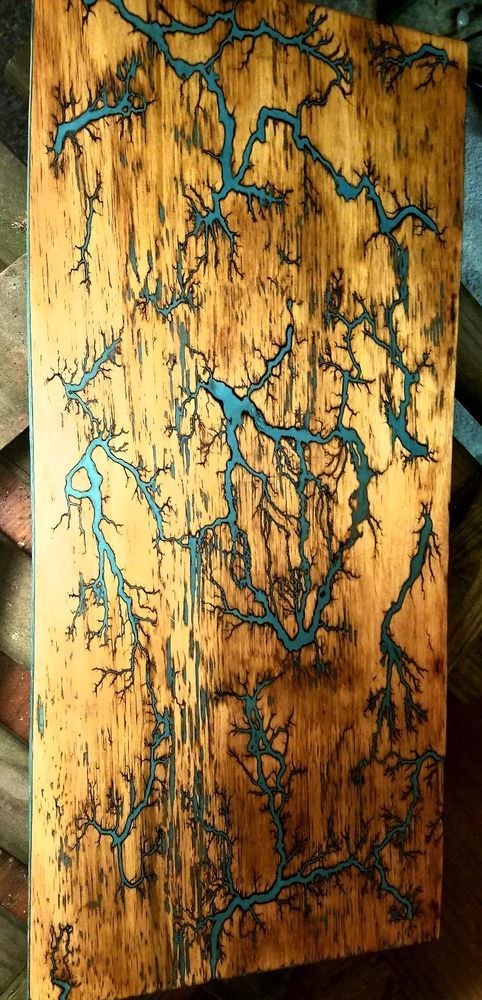 Electrified Wood Art : electrified, Lichtenberg, Burning,,Fractal, Burn,,wood, Projects,, Burning