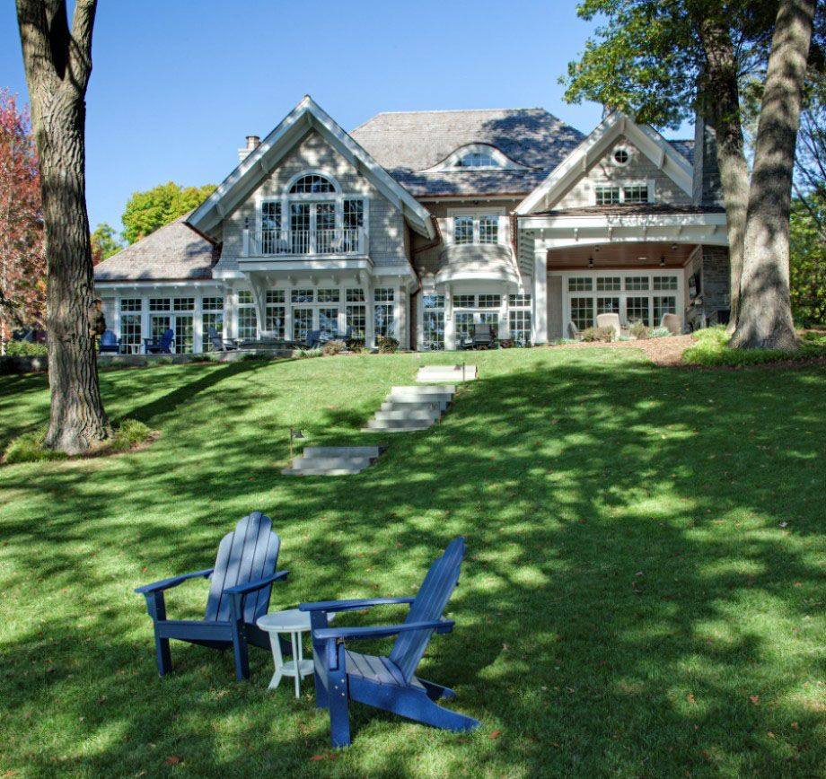 Shingle Garden Designs: Shingle Style Lakeside Cottage Mansion