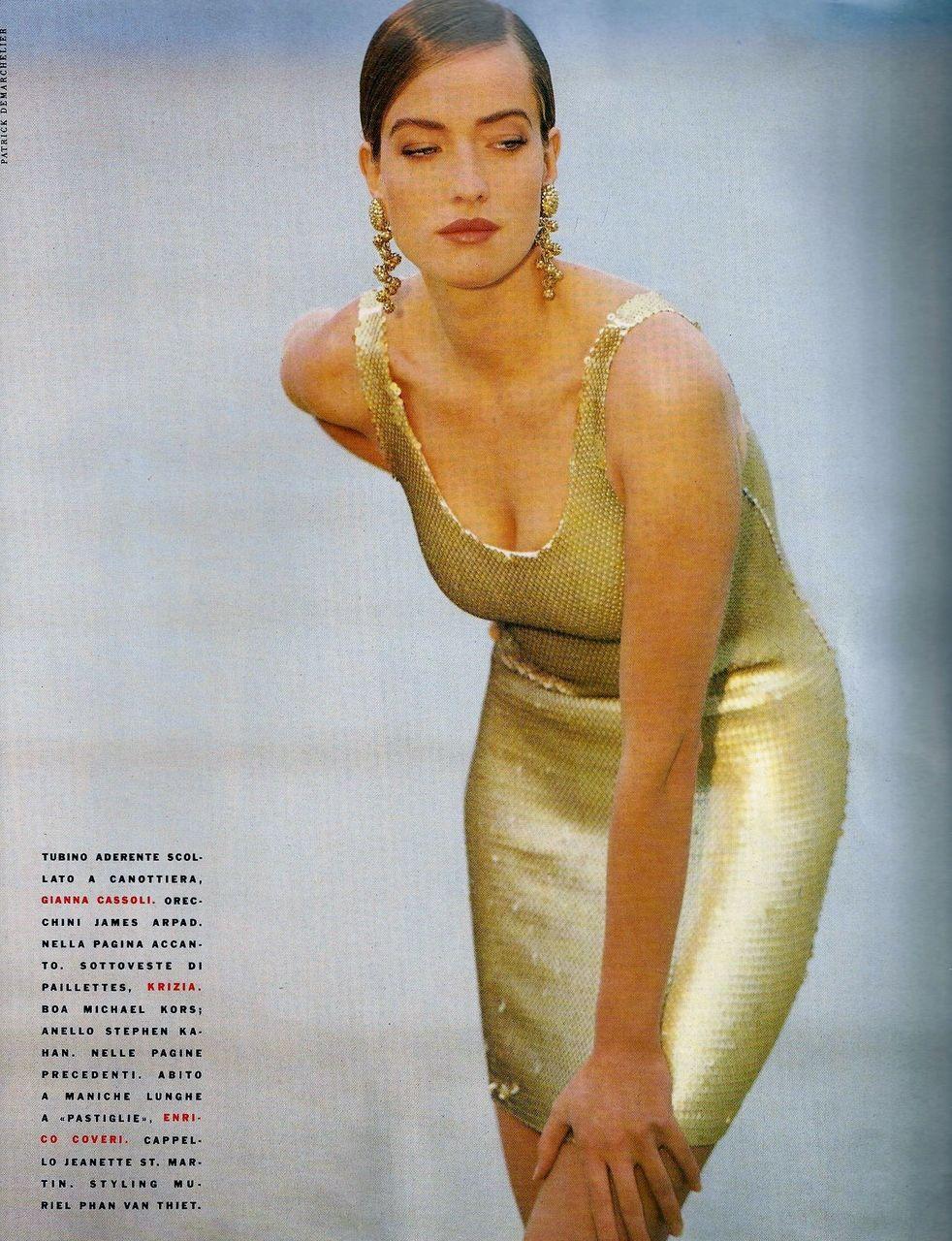 ☆ Tatjana Patitz | Photography by Patrick Demarchelier | For Vogue Magazine Italy | July 1990 ☆ #Tatjana_Patitz #Patrick_Demarchelier #Vogue #1990