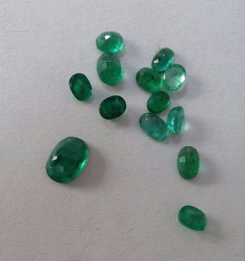 2.95 Cts Natural Emerald Loose Gemstone Brazilian Oval Shape Ring Size  #Unbranded
