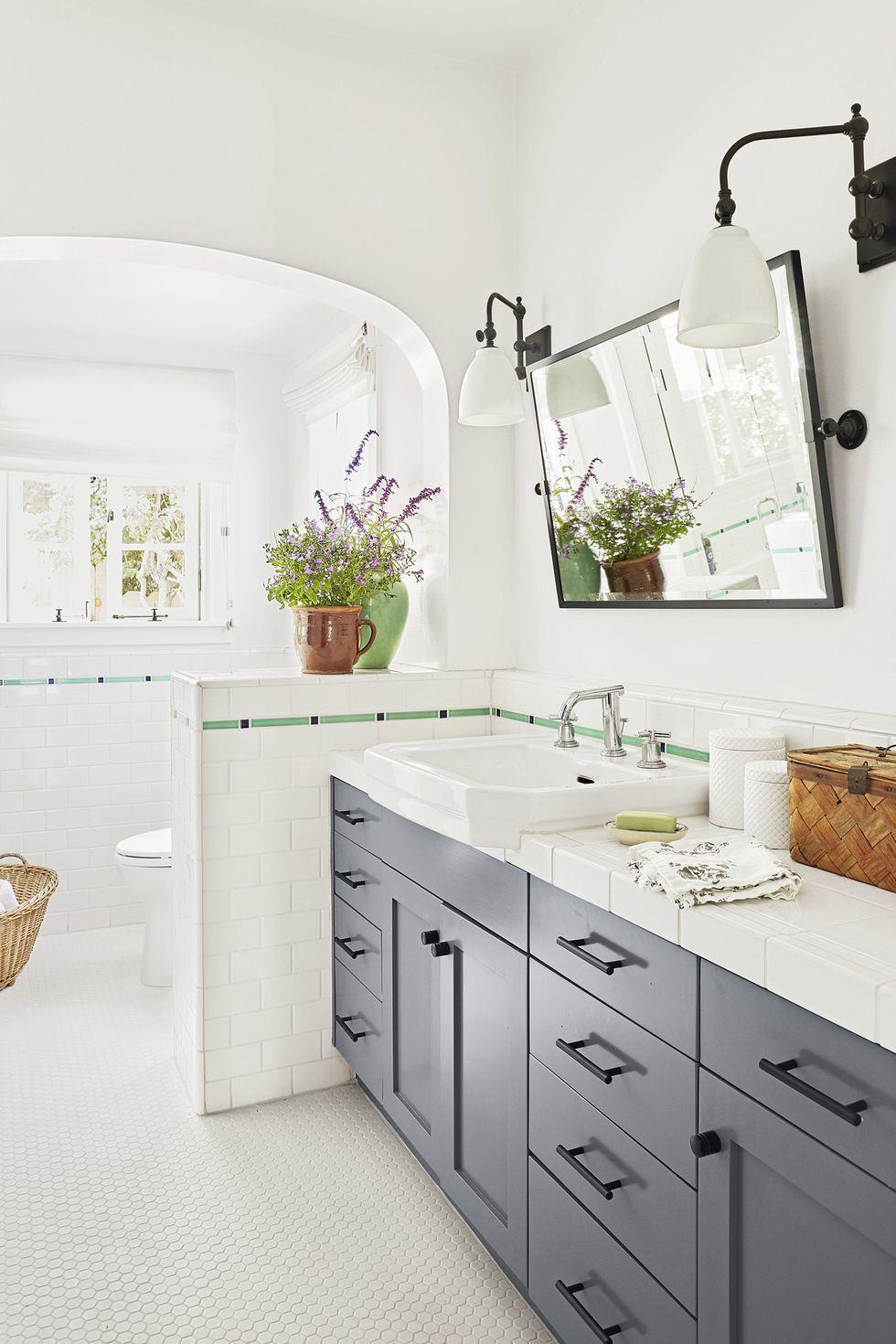Bathroom Decorations 2021 in 2020 | Best bathroom tiles ...