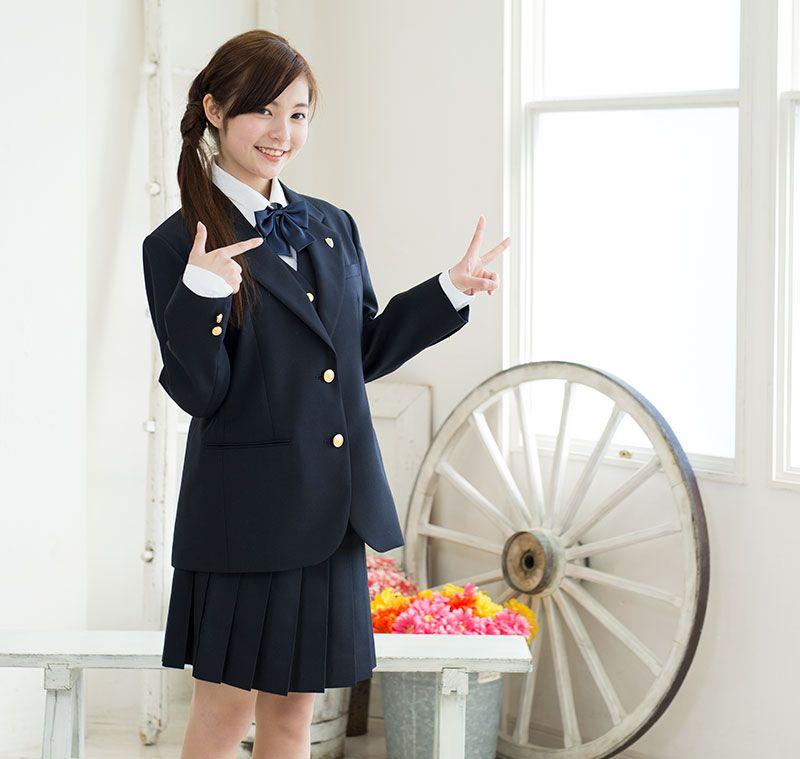 ボード 制服 のピン