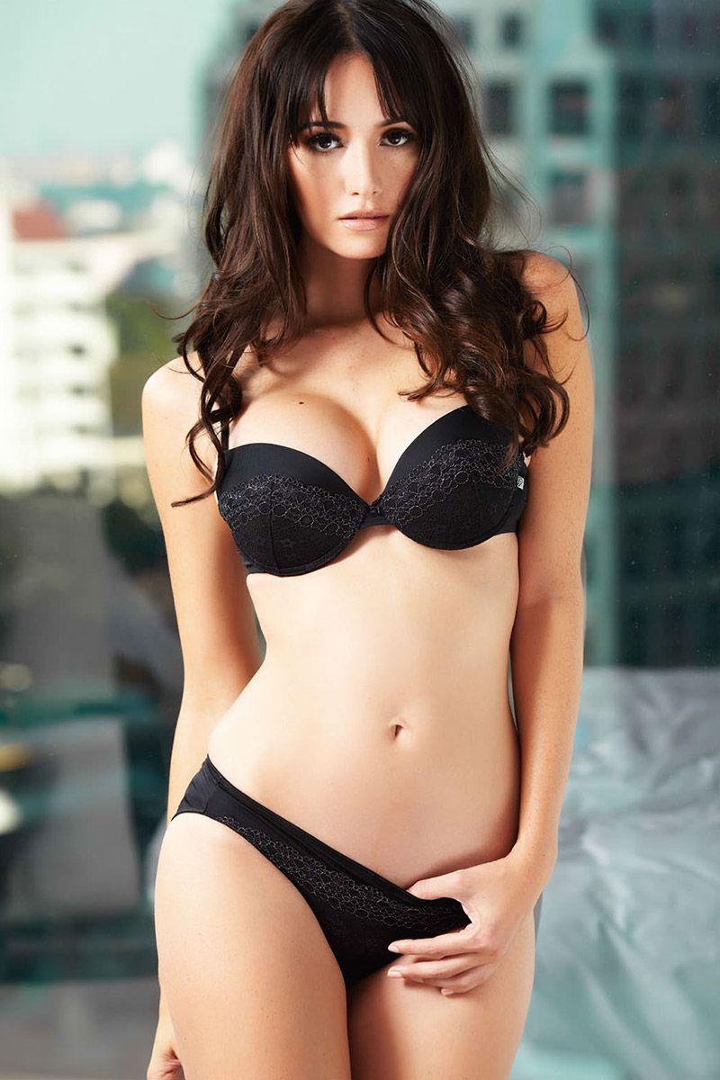 Sara Malakul Lane Sexy - 7 Photos