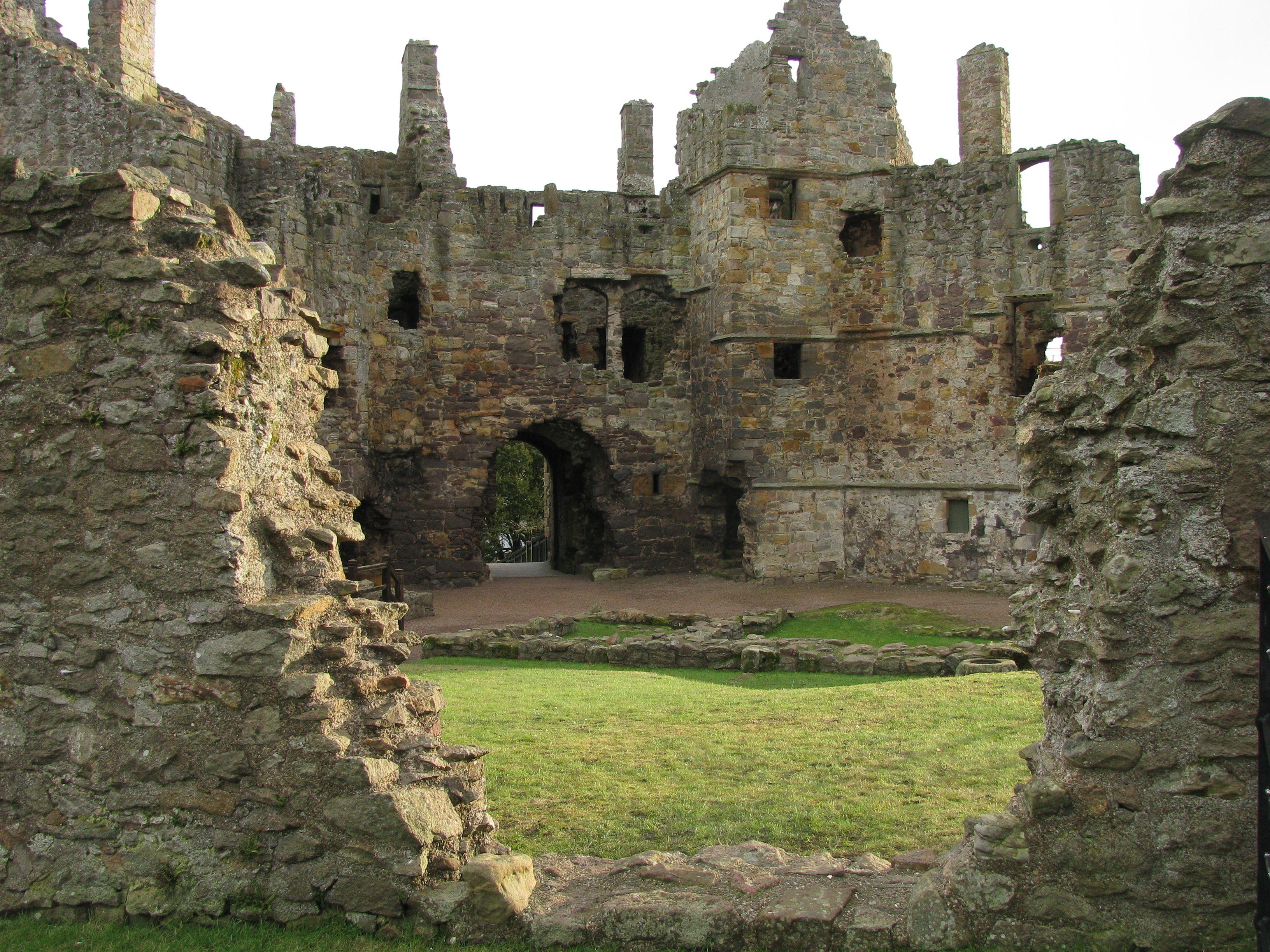 же, мужскому шотландские замки фото внутри раз