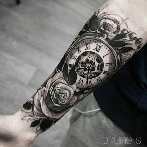Clock Tattoo Ideas For Men Thelatestfashiontrends Com In 2020 Clock Tattoo Sleeve Tattoo Designs Men Watch Tattoos