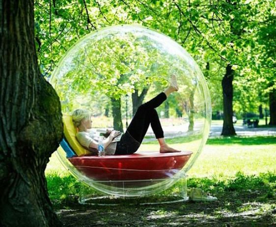 Outdoor Bubble Chair That Would Be Amazing When It Rains