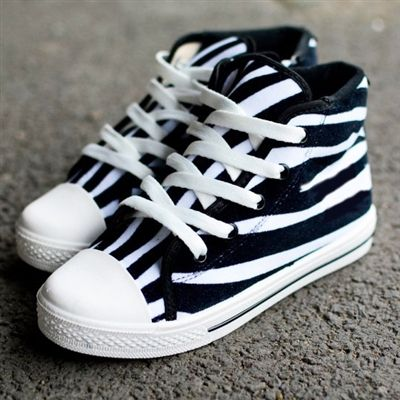 Create your own look zebra print sneakers come with 4 sets of laces green pink white or black side zipper allows for easy on and off without trying to