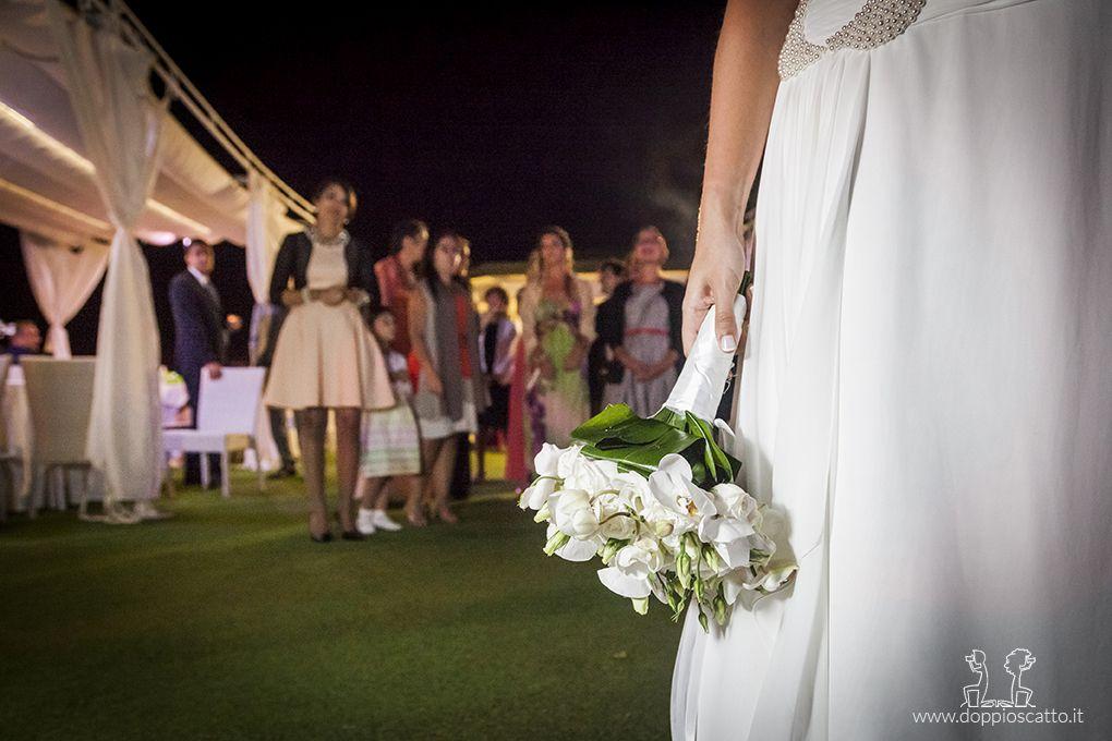 Lancio Bouquet Sposa.Il Lancio Del Bouquet E Uno Dei Momenti Piu Divertenti Di Ogni