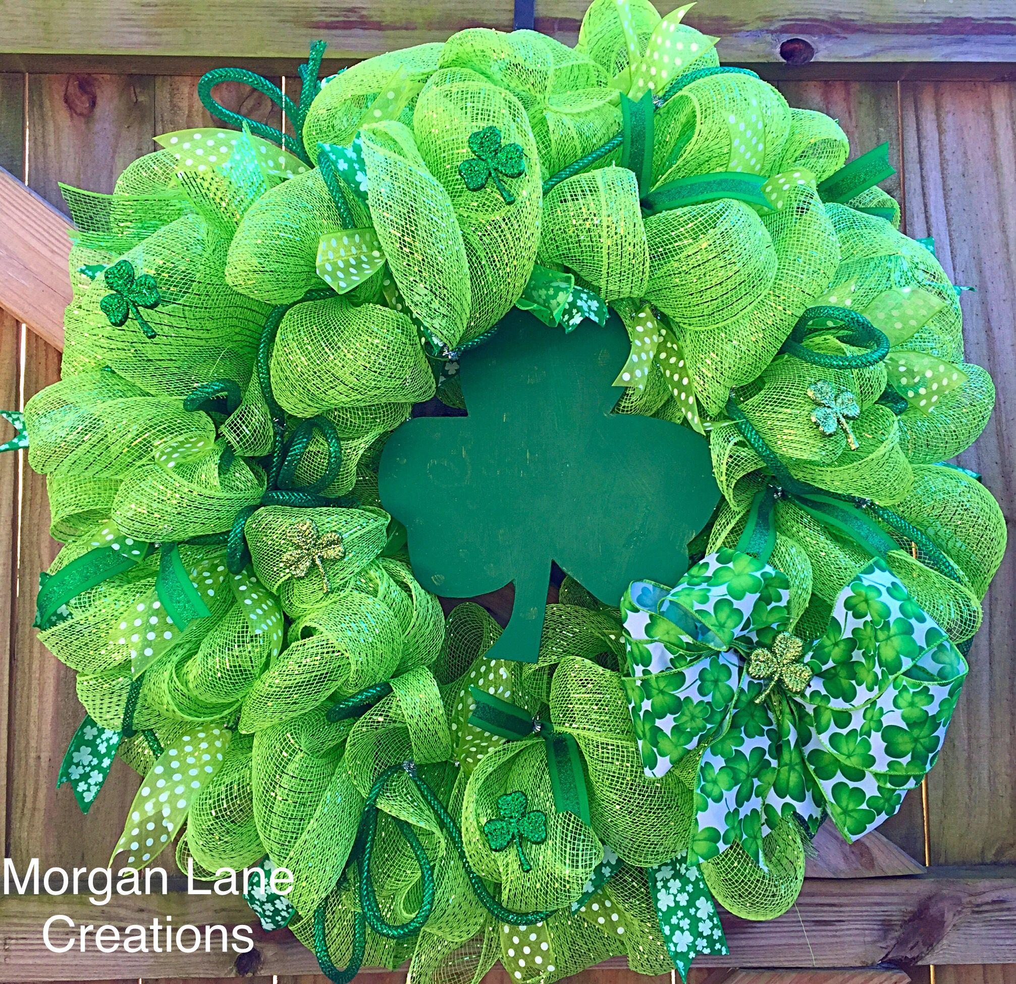 St.patricks day wreath $40 Morgan Lane creations! Find us on facebook!!