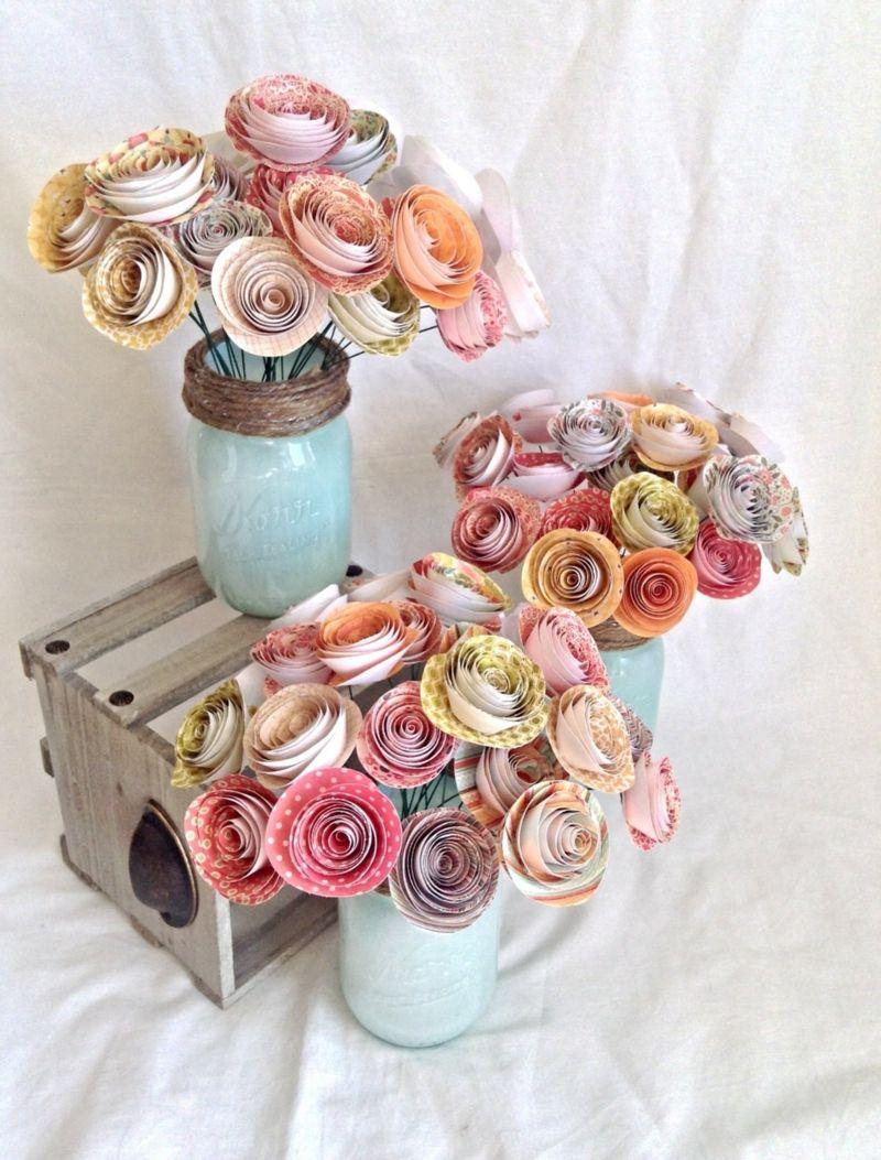 Für Hochzeit Tischdeko können Sie Rosen aus Papier basteln