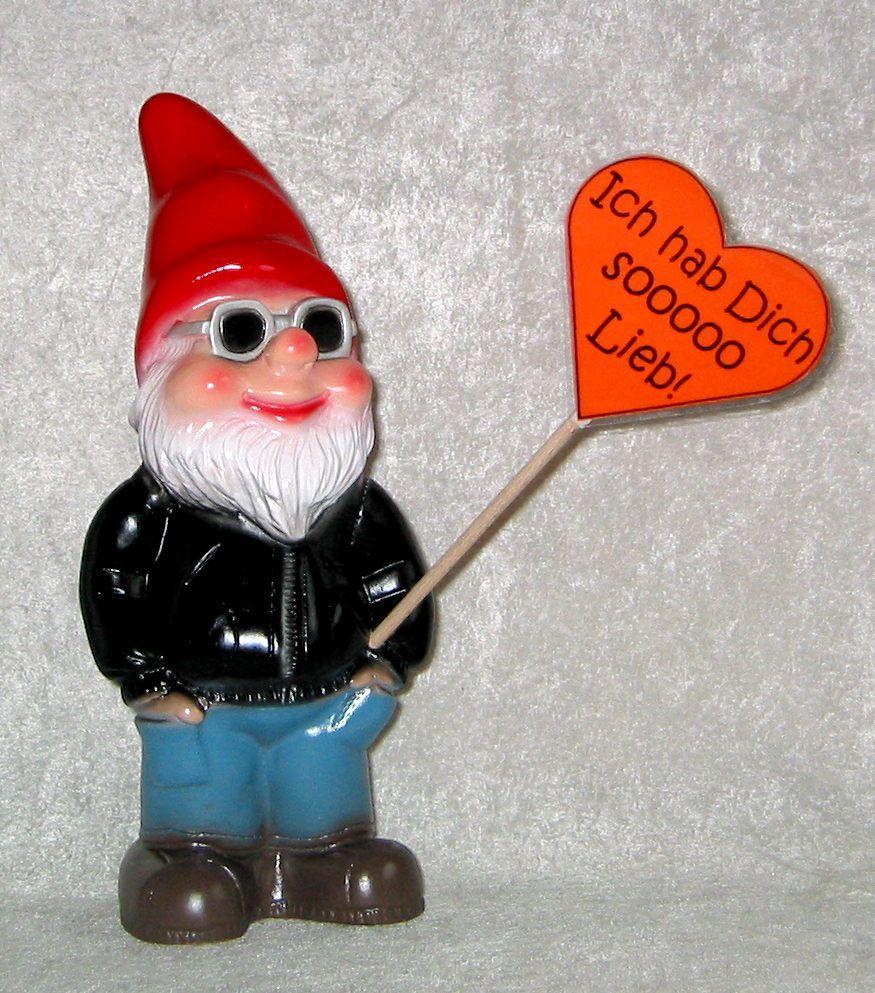 Auch mit einem Gartenzwerg kann man Gefühle ausdrücken. www.zwergen-power.com