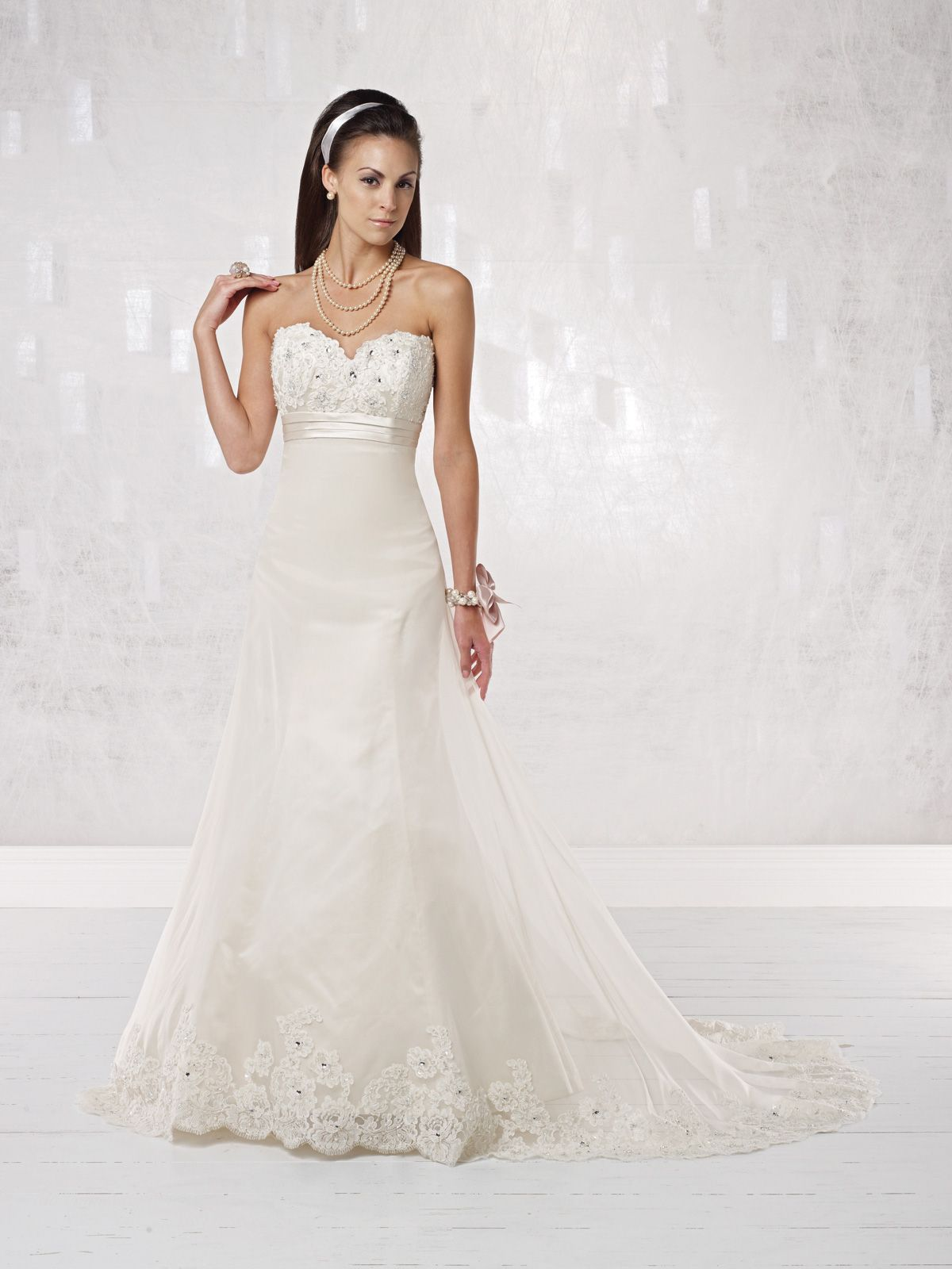 Miranda, you would look awesome in this dress! Too fancy??  Modern A-line sleeveless organza wedding dress