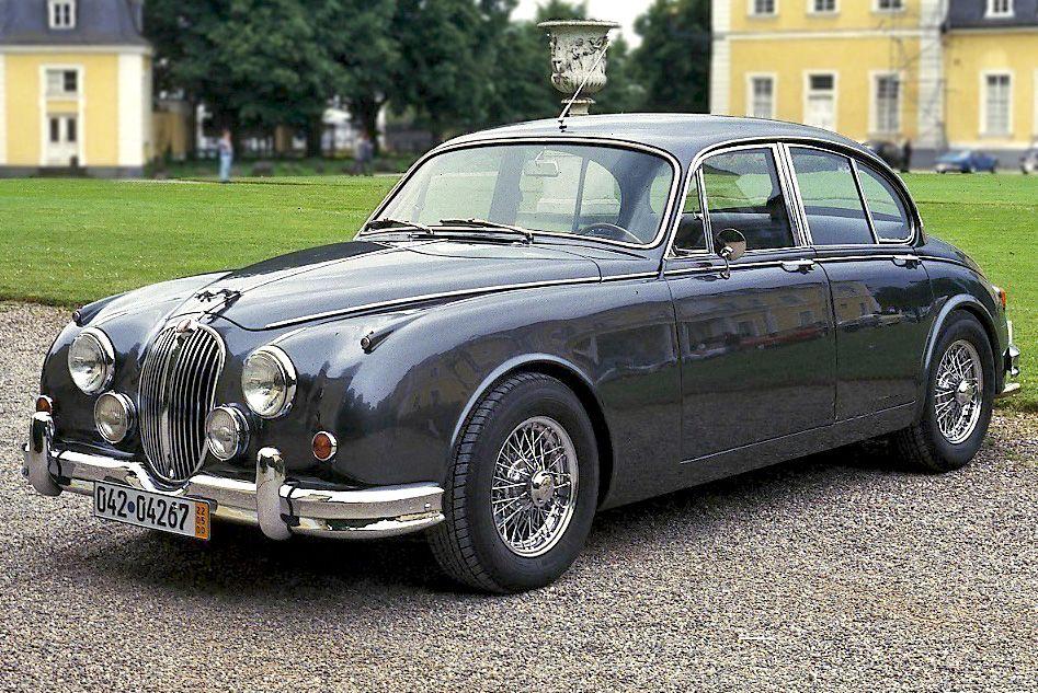 26++ Vintage jaguar cars Wallpaper