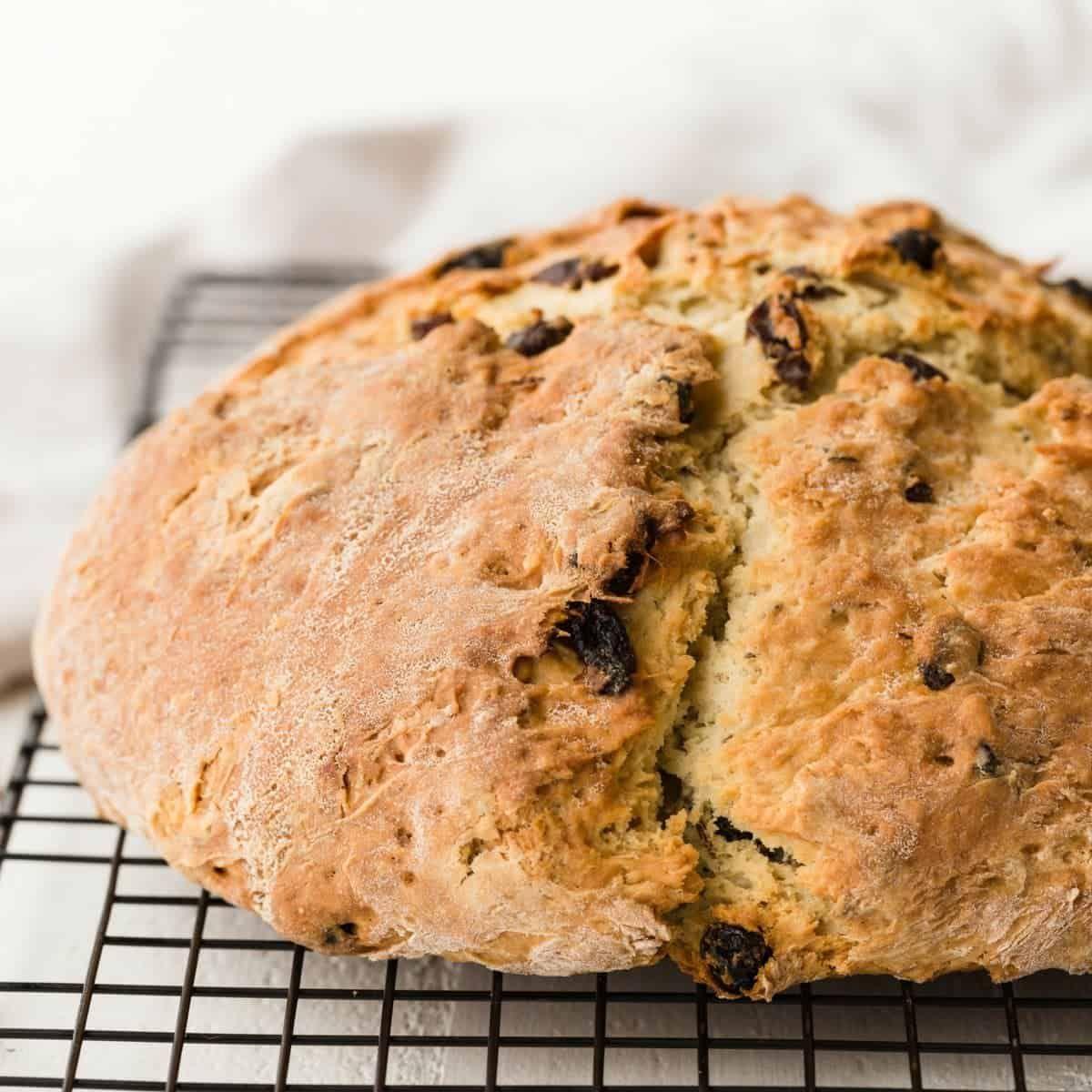 Irish Soda Bread Recipe in 2020 Soda bread, Irish soda