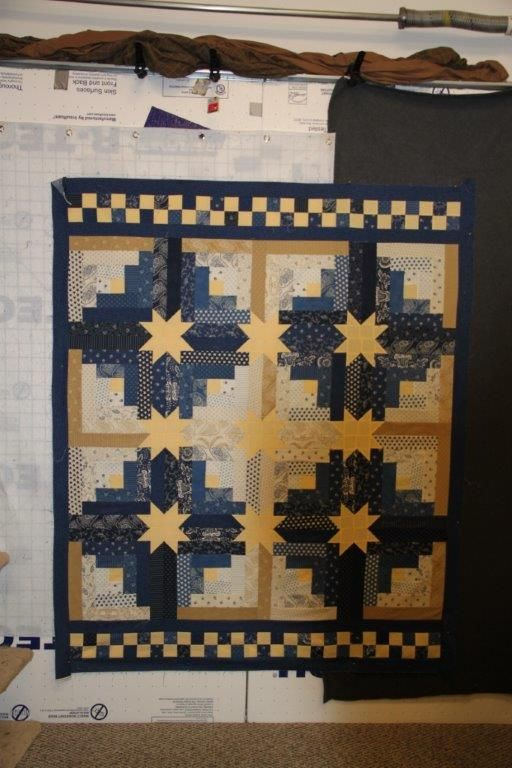 Log Cabin Hidden Stars Quilts Quilts Quilts Pinterest Log