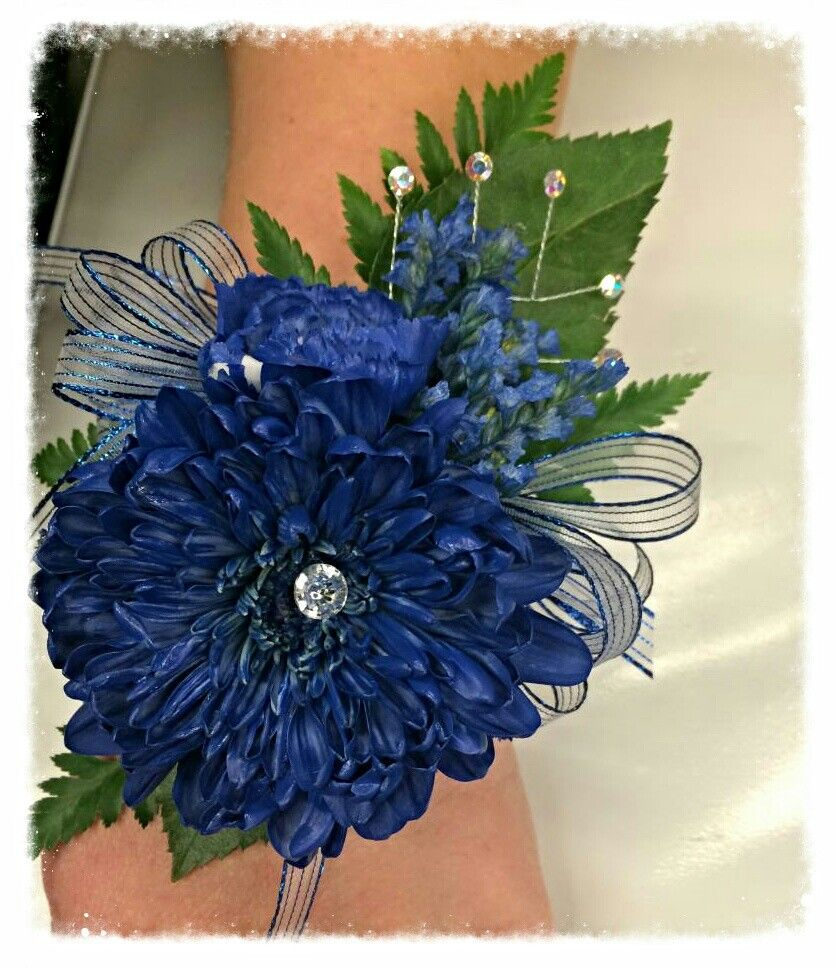 Navy Blue Corsage Fresh White Pom Mini Carnations And Limonium Are Spray Painted With Floral Spray Mini Carnations Blue Carnations Blue Corsage