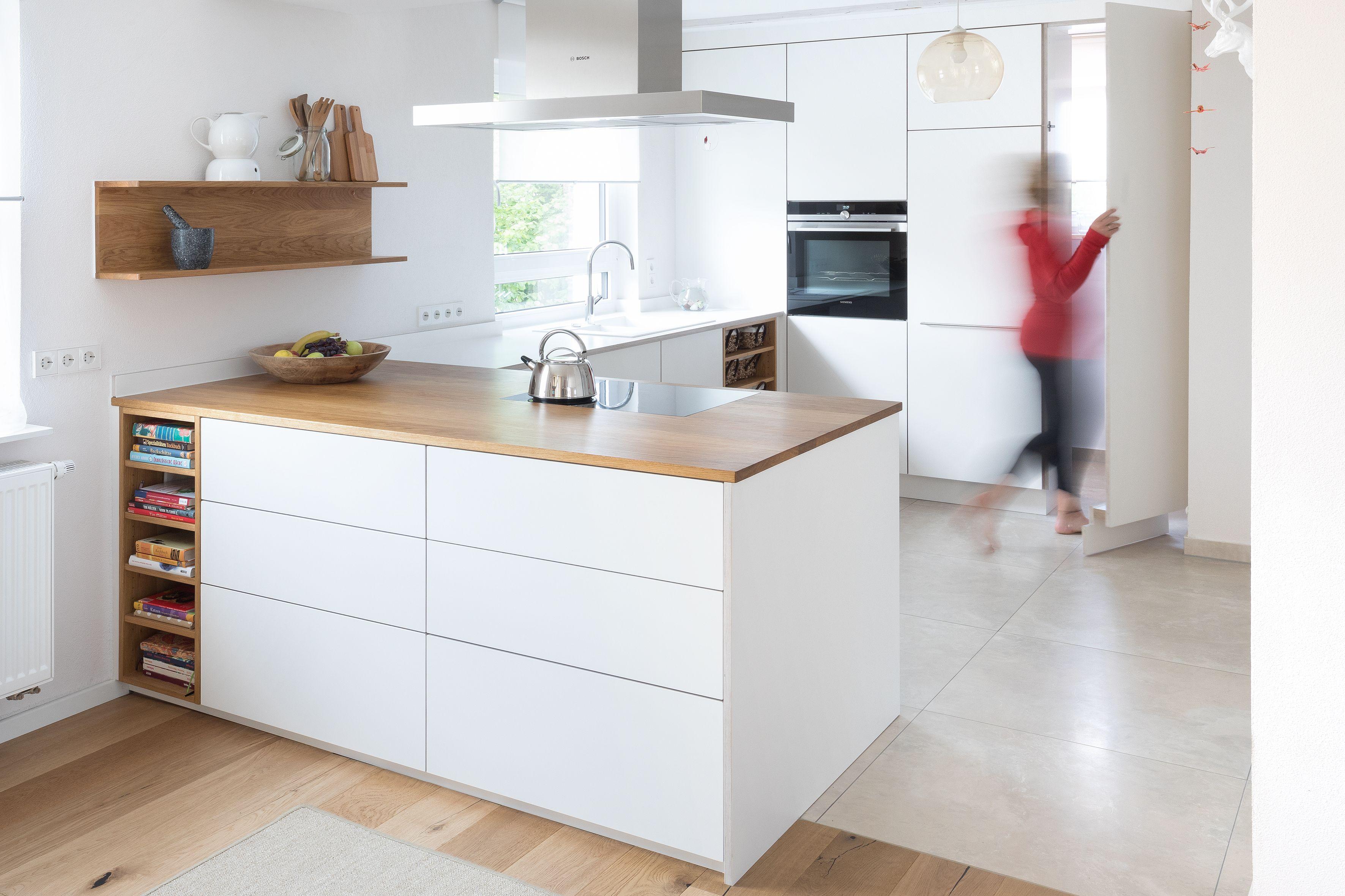 Kuchenblock Moderne Kuche Weisse Kuche Schreinerkuche Designer Kuche Speisekammer Moderne Kuche Kuchen Design Kuchendesign