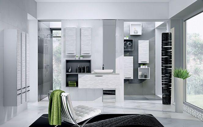 Cette salle de bain haut de gamme concentre l\u0027espace autour de la