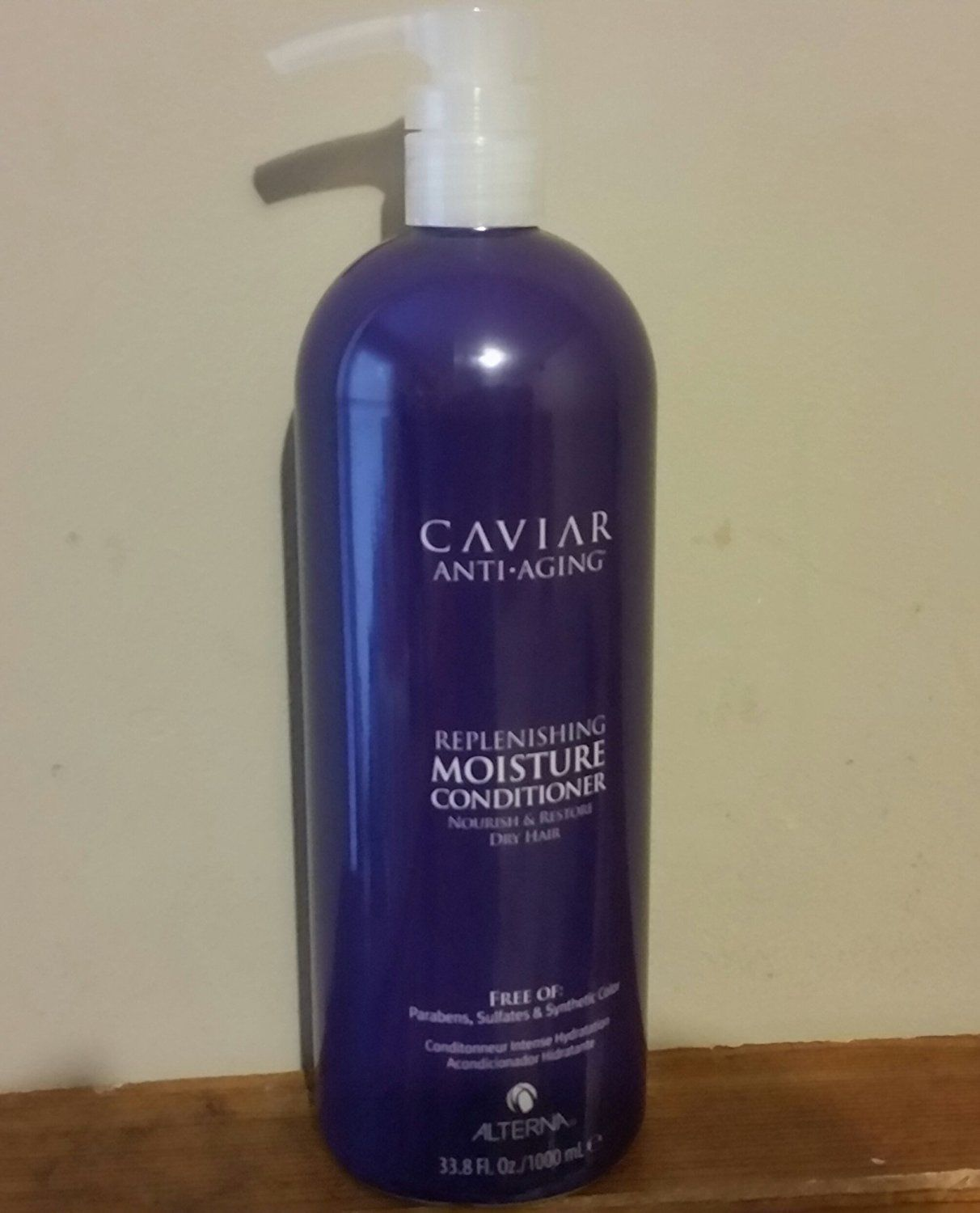 Alterna Caviar Moisture Replenishing Conditioner 33.8 oz