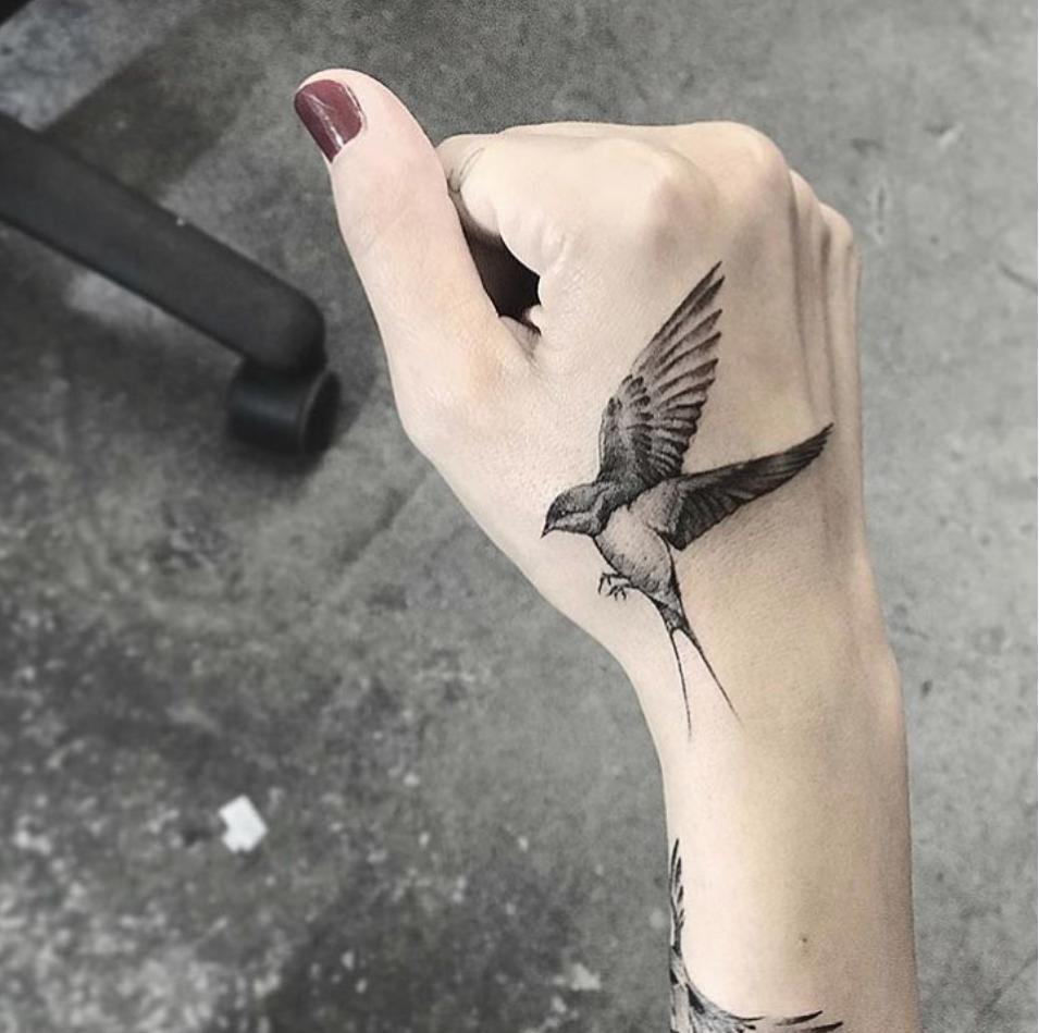 20 Pretty Tattoos That Channel An Inner Free Spirit Cute Hand Tattoos Hummingbird Tattoo Hand Tattoos