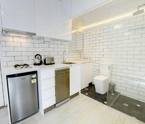 10 baffling bathrooms | Ремонт кухни, Кухня, Ремонт