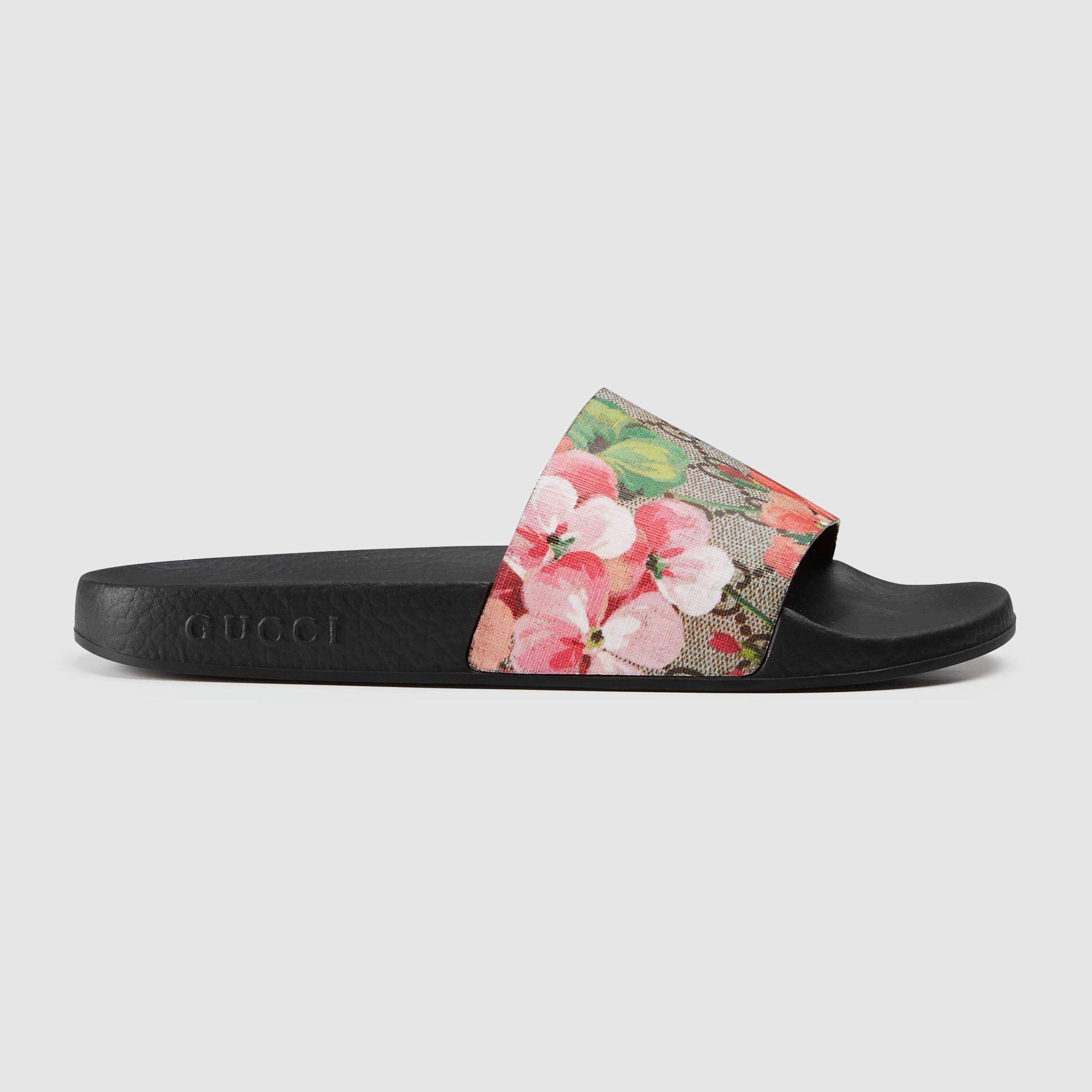 Gucci Mules en tissu GG Blooms